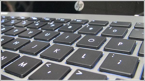 Windows8検証用にHP Pavilion Sleekbook 15-b100をオーダー