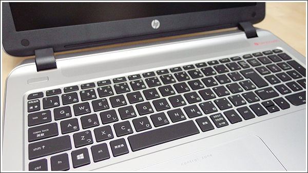 やっぱりノングレア(非光沢)液晶はいいね、日本HPのHP ENVY 15-k000