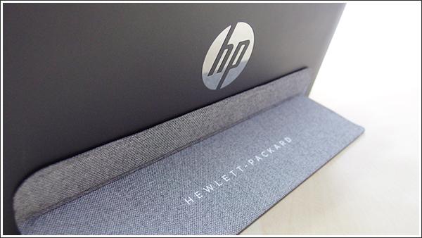 薄型のソフトカバーキーボードがキーポイントのHP Pavilion x2 10-j000
