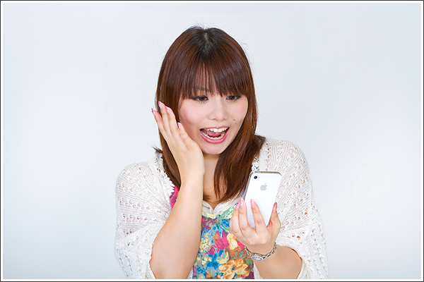 16000mAhの大容量モバイルバッテリー(結構オサレ)が1万円以下で購入できる!
