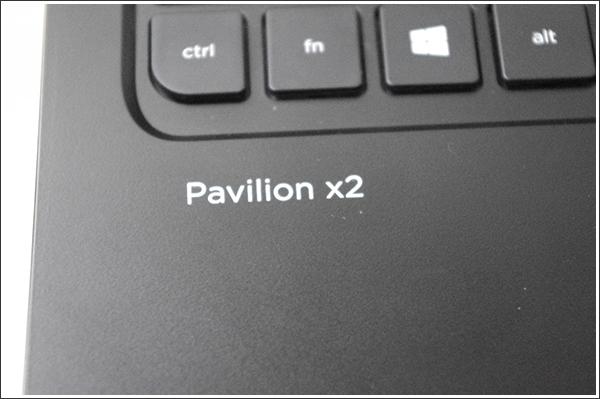 日本HPのハイブリッドPCはPavilionシリーズになりBeats Audioを搭載!「HP Pavilion 11-h100 x2」レビュー